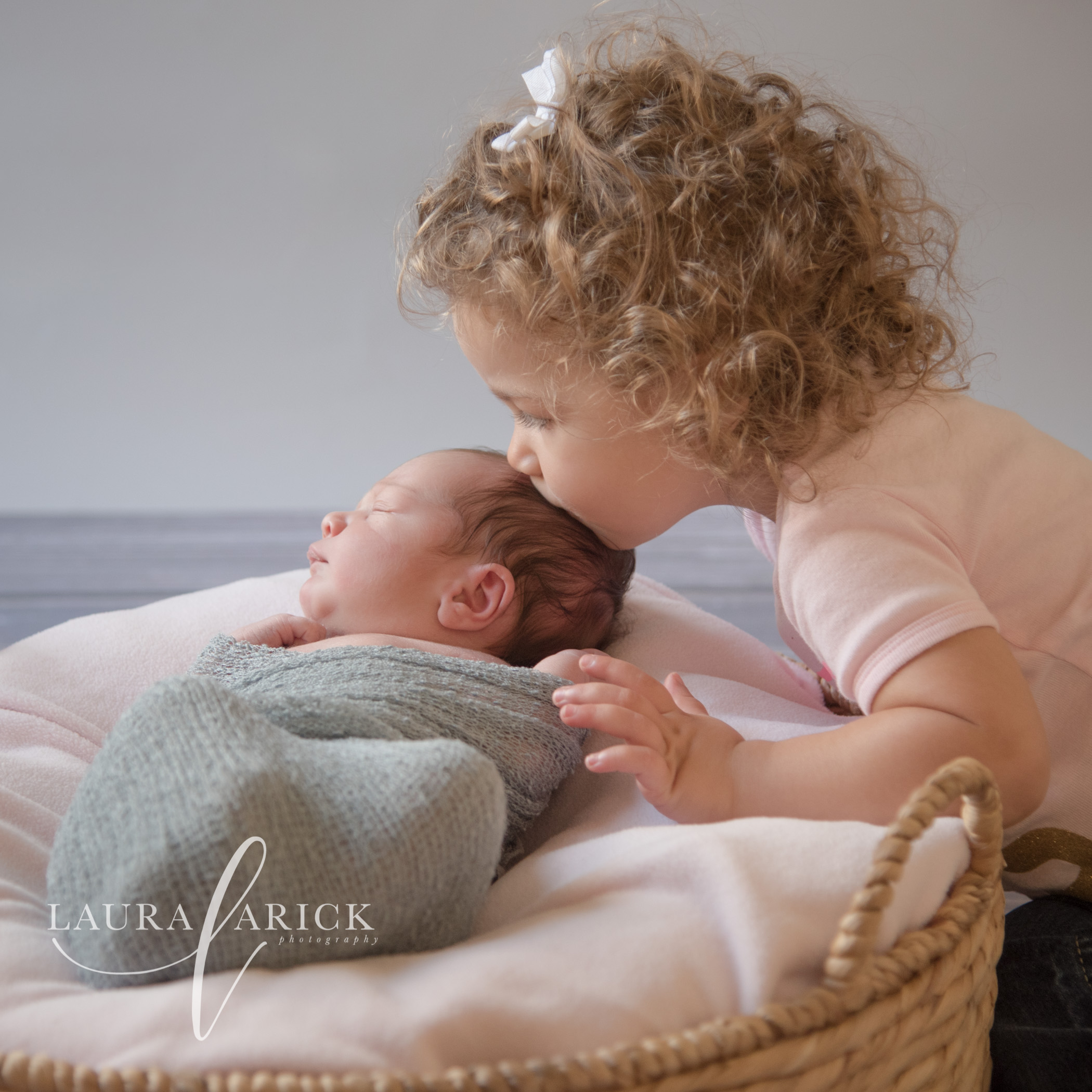 Newborn Pictures Fishers Laura Arick Photography