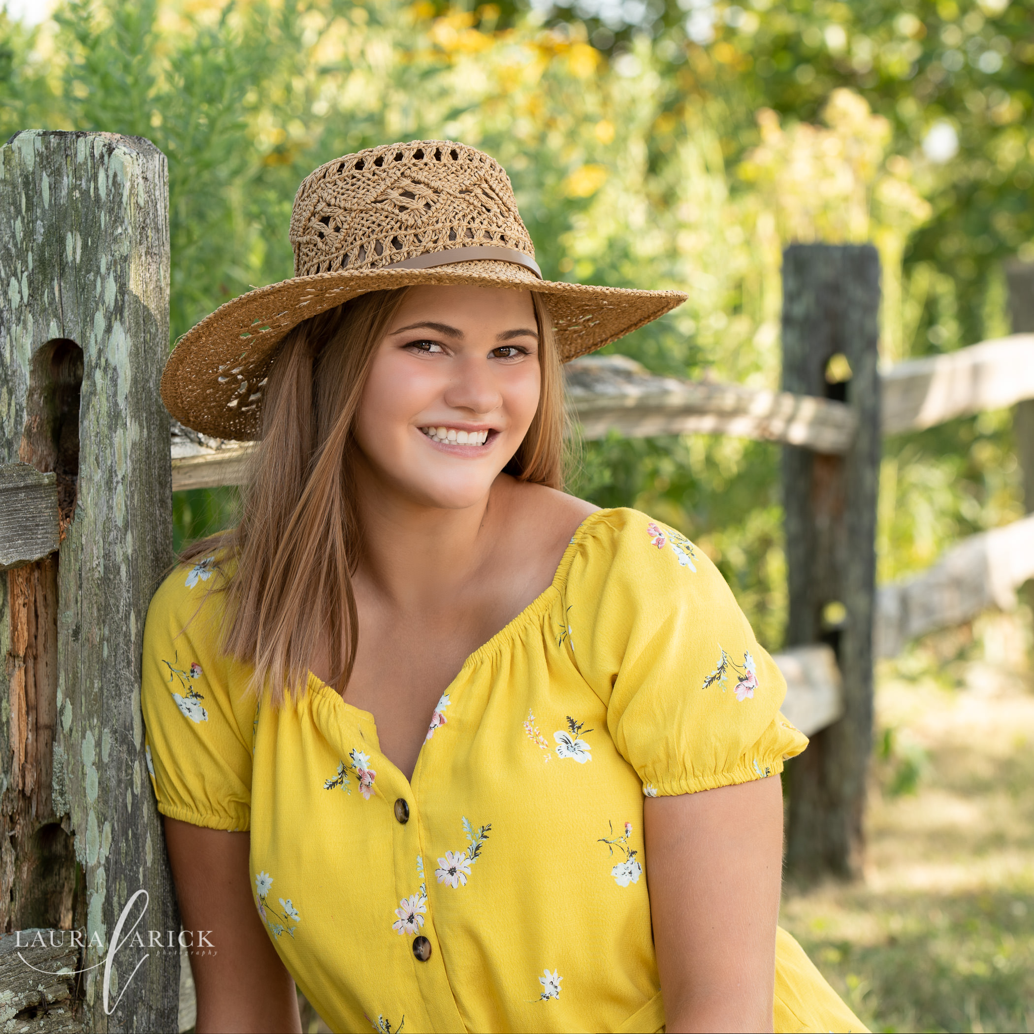 Carmel Senior Pictures | Mary | University High School
